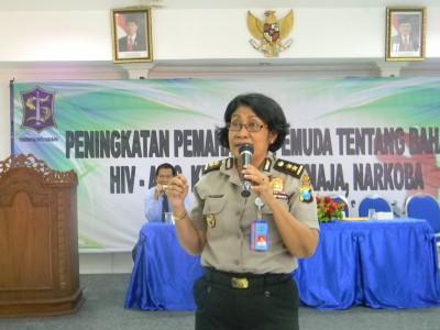 STIE YAPAN Bersama BNN, Sosialisasikan Bahaya HIV-AIDS, Kenakalan Remaja Dan Narkoba
