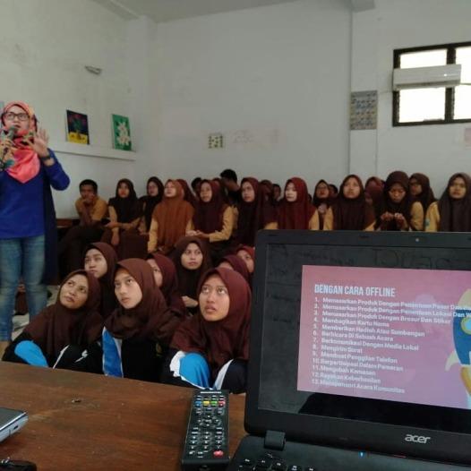 Workshop Entrepreneurship di SMA-SMK Darma Siswa (Mawa) Sidoarjo